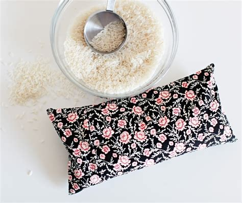 Handmade Heating Pads For Microwave - diy microwavable rice heating pad 183 how to make a heat