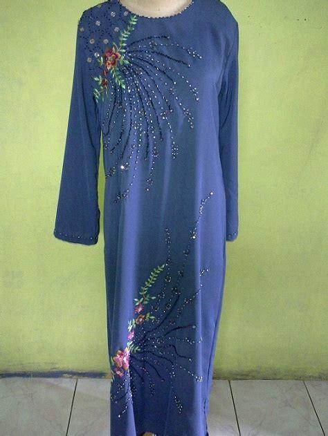 Rika Blouse Lengan Panjang modis dengan jilbab busana muslim murah dari kaos busana muslim dari kaos