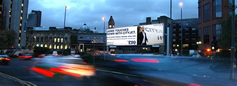 outdoor advertising the media