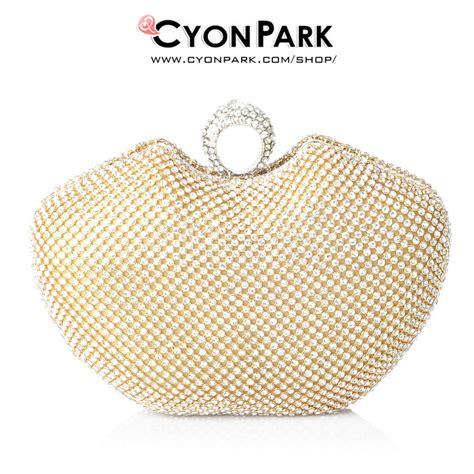 Tas Wanita Clutch Hikaru Warna Gold Desain Mewah Cantik clutch pesta cyonpark butik shop tas pesta belt wanita cyonpark
