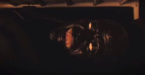 no mires debajo de 842047374x el espejo g 243 tico 161 nunca mires debajo de tu cama