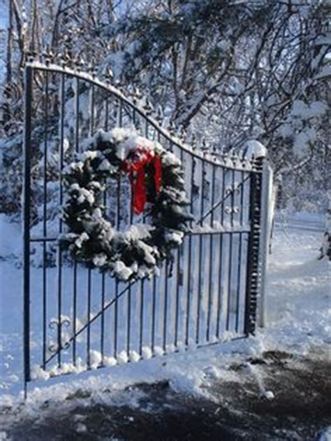christmas driveways on pininterest 1000 images about driveway gates on driveway gate driveways and gates