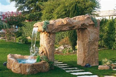 giardino d acqua le cascate di un giardino d acqua giardino acqua