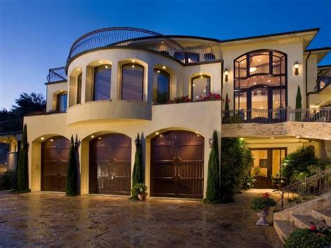house beautiful instagram estate of the day 10 2 million ocean view estate in