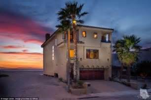 dave mirra house foo fighters frontman dave grohl puts his california beach