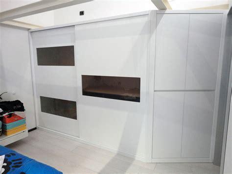armadi ad incasso armadio ad incasso con ante scorrevoli inserti in vetro