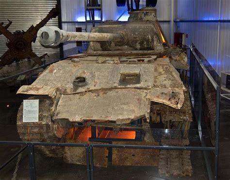 wrecked german panther tank found in ukraine in 27