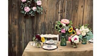 rustic chic wedding decor burlap decor for your rustic chic wedding