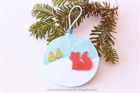 decorar bolas de navidad con fieltro fieltro dulcescaramelos bolas de navidad en fieltro