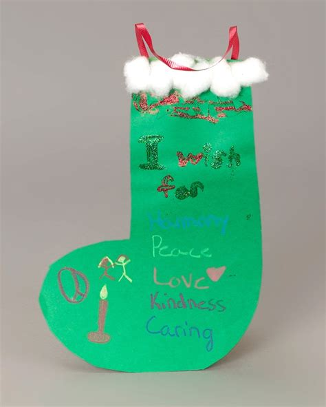 christmas wish stocking craft crayola com