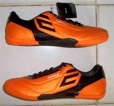 Sepatu Olahraga Bata 5 merek sepatu olahraga yang mendominasi pasar murahgrosir