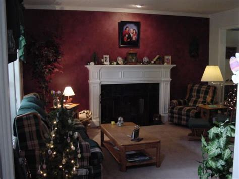 Burgundy Accent Wall Living Room Photos 25 Best Burgundy Walls Ideas On Maroon