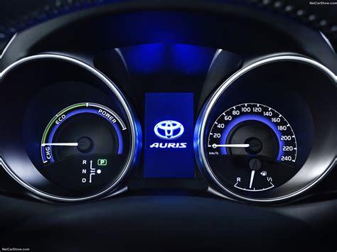 Auris Hybrid Interior Toyota Auris 2016 Picture 29 Of 34