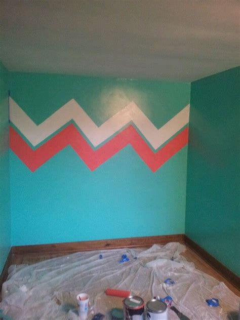 coral walls bedroom best 25 coral walls bedroom ideas only on pinterest coral bedroom coral aqua and