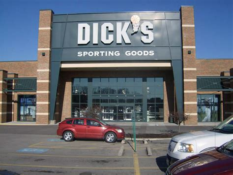 Where To Buy Dicks Sporting Goods Gift Cards - dick s sporting goods store in cincinnati oh 71