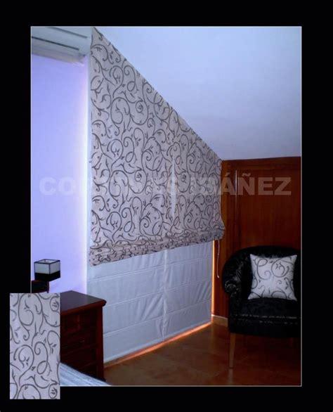 cortinas que no pase la luz 2 estores noche y d 237 a instalados en un dormitorio con