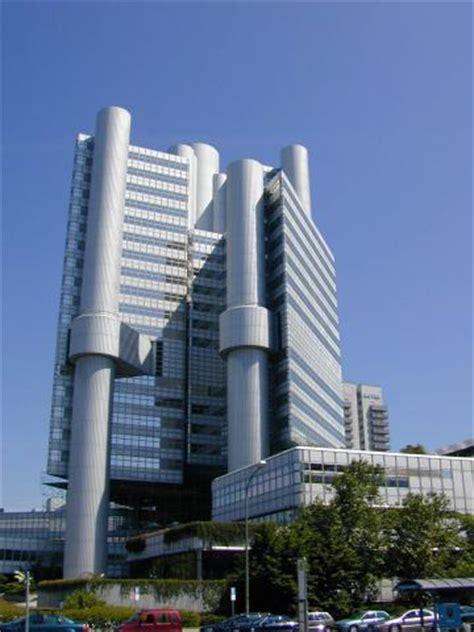 High Tech Architektur by Futuristische High Tech Architektur In D Land Deutsches