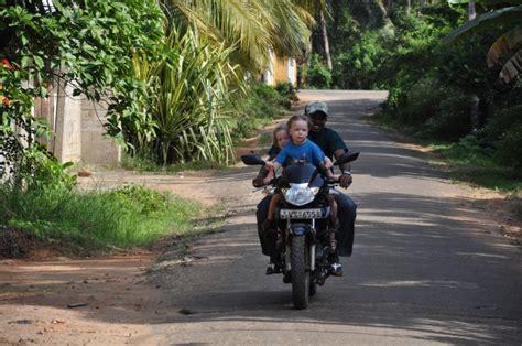 Motorrad Fahren Ausprobieren by Anuradhapura 24 25 02 Kit Kunst In Ton