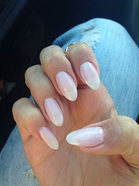 almond nails look of almond nails and natural looking gel almond nails beaut 233 pinterest