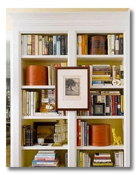 Ideas For Horizontal Bookshelves Design Lessons In Design Bookshelf Styling Keep It Tight