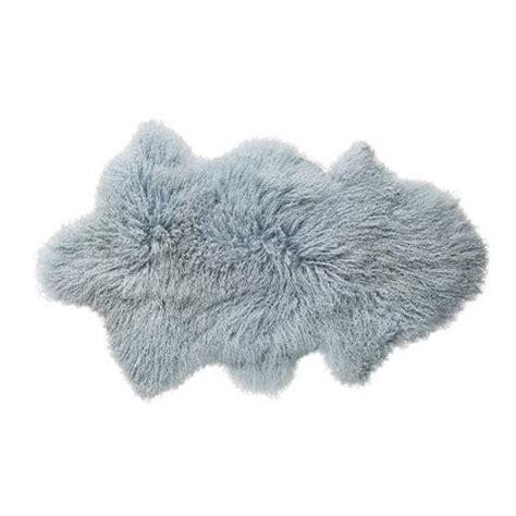 gekleurd kleed bloomingville kleed ijsblauw mooi kleed van schapenvacht