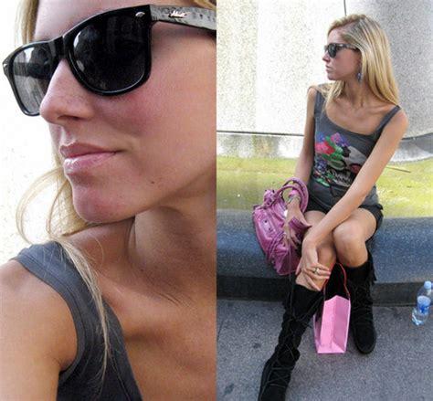 Get Look Hiltons Tarina Tarantino Bag by Chiara Ferragni Tarina Tarantino Skull Earrings Skull