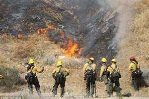 california wildfire 2013 hundreds flee homes and