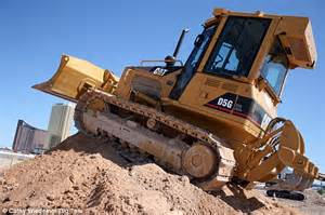 construction equiptment mail world s biggest digger theme park dig this opens in las vegas daily mail online