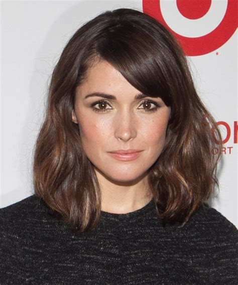 casual hairstyles for oval face rose byrne medium straight casual bob hairstyle with side