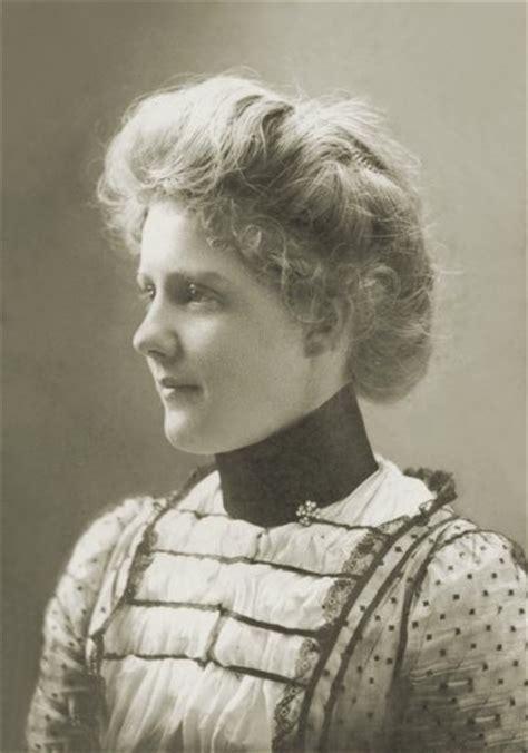 1890s gibson girl hairstyle gibson girl 1890s gibson girls pinterest