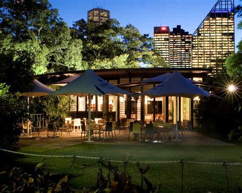 A Wedding Open Day In The Gardens Modernweddingblog Botanical Garden Restaurant