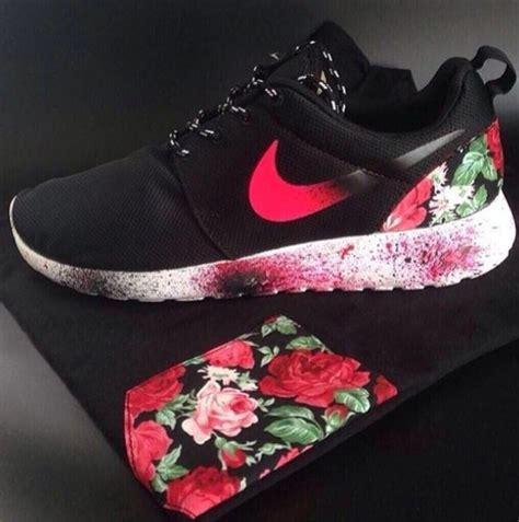 Tshirt Run Nike Shut And Run shoes shirt nike roshe run flowers nike roshe run