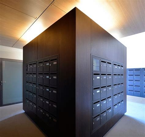 Apartment Mail Boxes by 1000 Ideas About Apartment Mailboxes On
