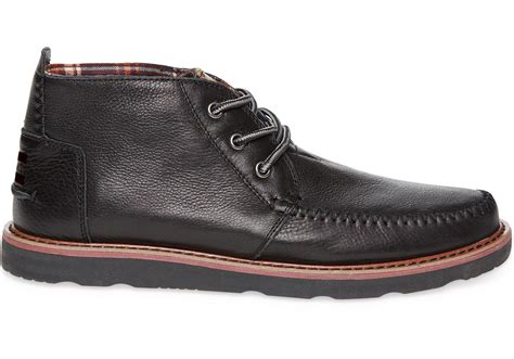 toms black leather s chukka boots in black for lyst