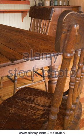 antiker speisesaal antiker esstisch mit st 252 hlen in offene k 252 che esszimmer mit