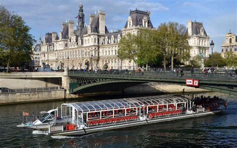 bateau mouche hotel paris bateaux parisiens seine river cruise best prices headout