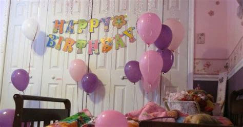 how many balloons to fill a room fill childs room with balloons for birthday so they can up to a for the