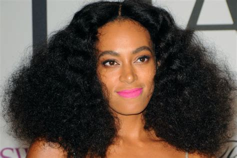 Solange Hairstyles by 3 Solange Inspired Weaves And Wigs You Ll Be Sitting At