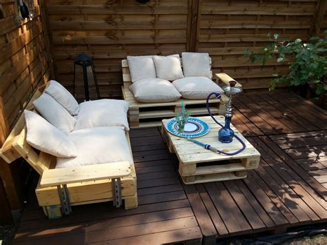 garden outdoor seating made out of pallets pillows for