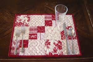white quilted placemats set of 4