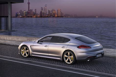 Pictures Of A Porsche 2014 Porsche Panamera In And Wheelbase Models