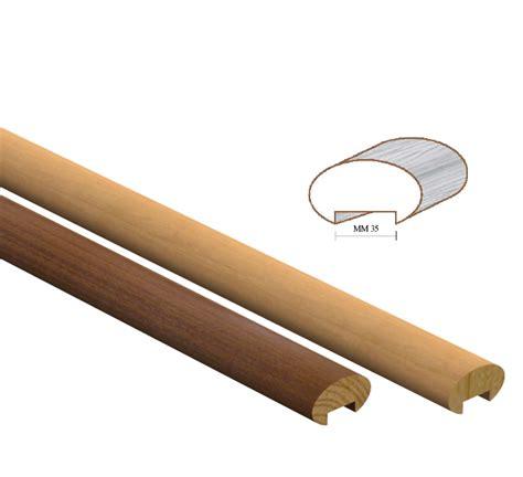 corrimano in legno tondo corrimano in legno per esterni idee di design per la casa