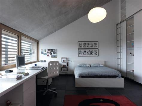modernes schlafzimmer jugendliche junge dachschr 228 ge wei 223