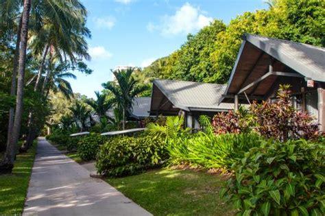 bungalow hamilton island day bed picture of palm bungalows hamilton