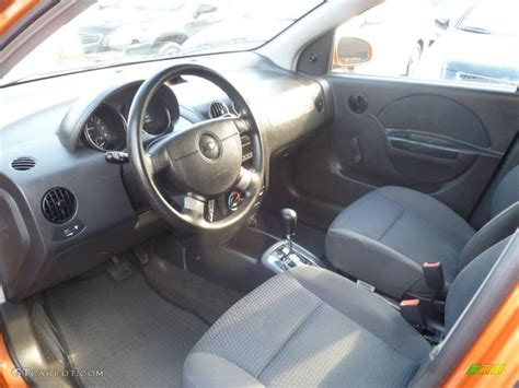 Chevrolet Aveo 2006 Interior by Charcoal Interior 2006 Chevrolet Aveo Ls Hatchback Photo