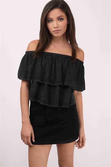 Schwarze Decke by The Shoulder Tops Crop Tops Sweaters More Tobi