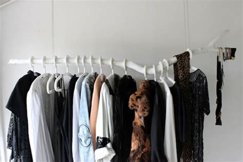 Tree Branch Clothes Rack by Just Awesome Diy Diy Clothes Rack