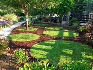 Circle Garden by Landscaping Gardening Beautiful Garden Inspiration