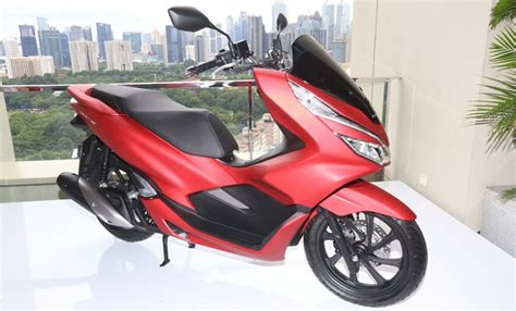 Pcx 2018 Stang by Harga Lebih Murah Ini 13 Kelebihan Honda Pcx 150 Terbaru