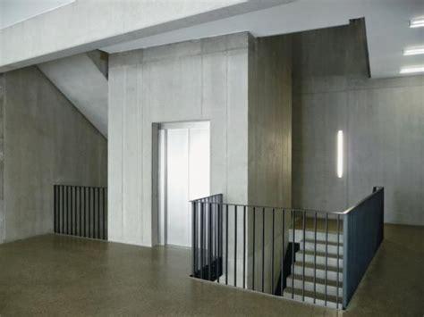 treppenhaus mit aufzug neubau eines logistik verwaltungs geb 228 udes in